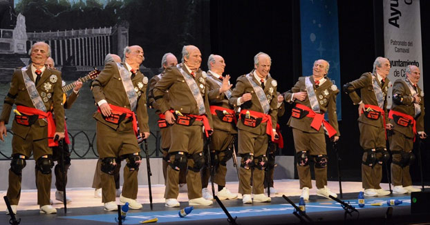 ''Esta chirigota, cae bien'': La chirigota dedicada al Rey Juan Carlos (Completa)