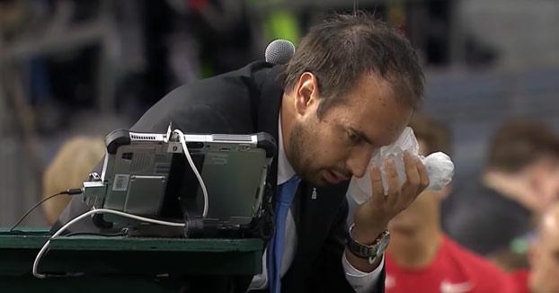 Canadá, descalificada de la Copa Davis por este pelotazo involuntario al juez de silla (Vídeo)