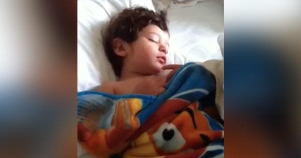 Así es como despierto a mi hijo