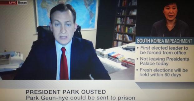 Incidente en una entrevista en directo para la BBC (Vídeo)
