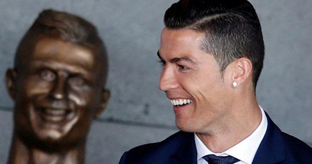 Los mejores memes sobre el busto de Cristiano Ronaldo en el aeropuerto de Madeira