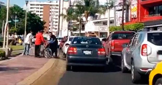 Milagrosa curación de un ''discapacitado'' tras los golpes de un taxista