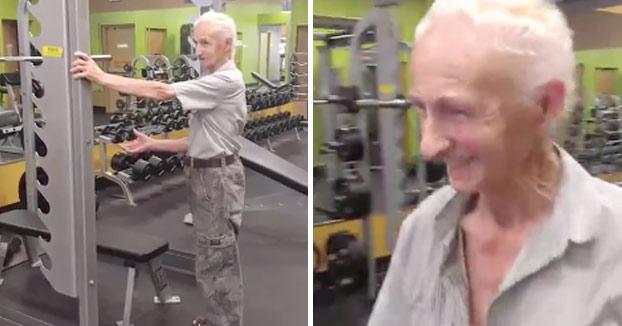 Llevó a su padre de 90 años al gimnasio y este le demostró que todavía está en buena forma