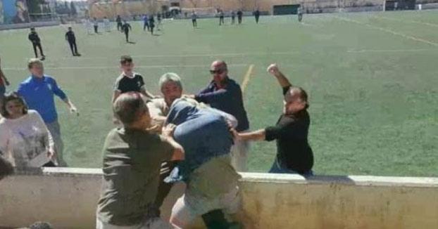 Batalla campal entre padres en un partido de fútbol infantil en Mallorca