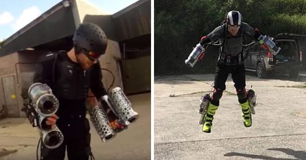 La empresa Gravity Industries inventa los propulsores de Iron Man y funcionan para volar