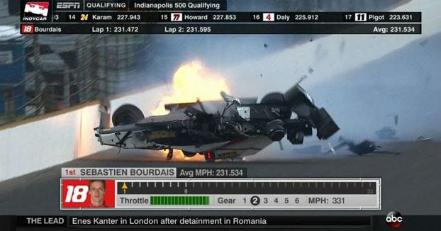 Escalofriante accidente del piloto francés Sebastien Bourdais a 372 km/h