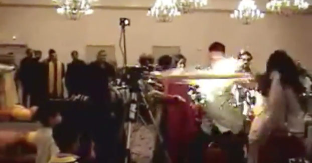 El héroe de la boda: Su rapidez salva a una chica de sufrir graves quemaduras