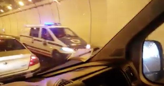 La policía vasca atropella a un ternero en un túnel de la A-8