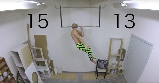 Aguanta 42 minutos colgado de una barra cambiando de mano y hace 70 dominadas antes de tocar el suelo