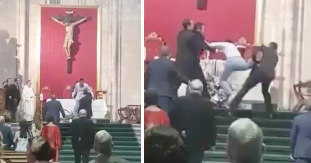 """Detenido por interrumpir una boda en Valladolid al grito de """"Alá es grande"""""""
