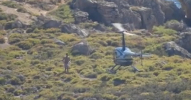 Buscan al misterioso hombre que aterrizó con un helicóptero para darse un baño en un espacio protegido de Mallorca