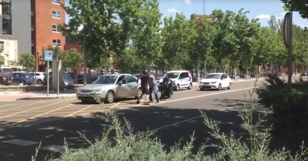 Pelea entre un conductor y un motorista que se identificó como policía en Zamora