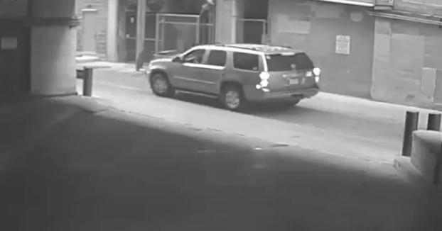 Una mujer hospitalizada después de caer con su coche desde la 7ª planta de un parking
