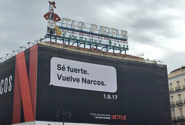 Netflix trolea a Rajoy con un nuevo cartel en la Puerta del Sol