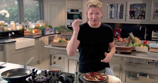 Huevos con bacon al estilo de Gordon Ramsay