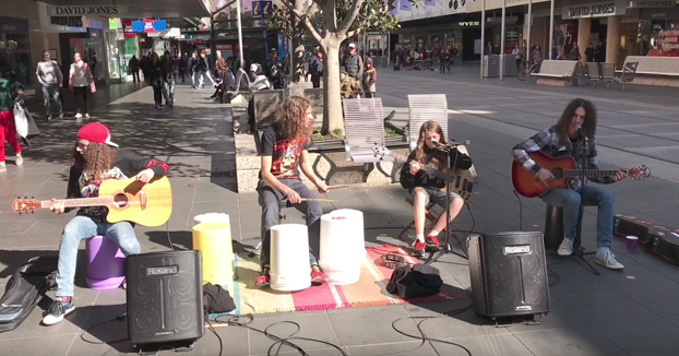 Gran interpretación la de estos chicos de Nothing Else Matters de Metallica