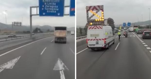 Un camionero le pregunta a un mosso por qué está cortada la carretera. Esto es lo que le responde el agente