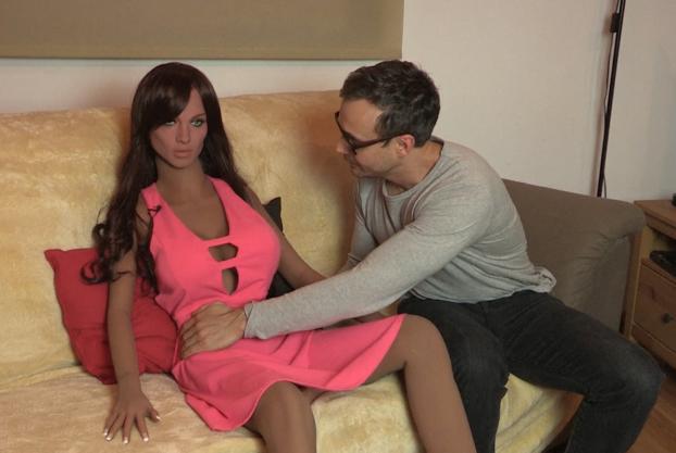 La robot sexual Samantha solo atenderá debidamente a los hombres que sean buenos con ella