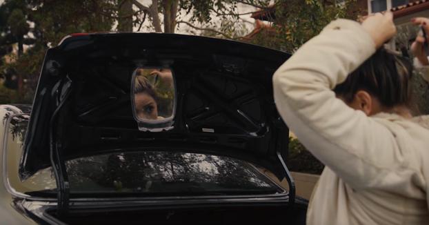 Su novia tiene que vender su Honda Accord de 1996 y él la ayuda haciendo este anuncio épico