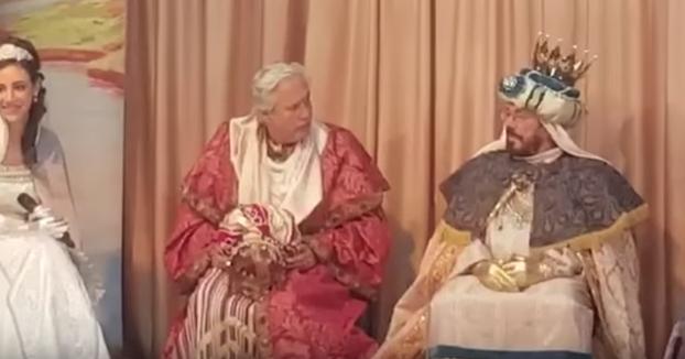 Chiquetete va de Rey Mago a un colegio y la lía quitándose la barba y la corona: ''Yo soy Chiquetete''