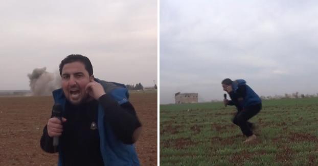 Un reportero muy afortunado: Le cae una bomba detrás y no explota