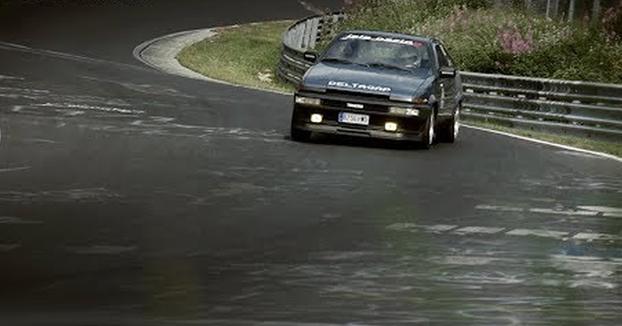 Tutorial sobre cómo conducir en Nürburgring y no morir en el intento