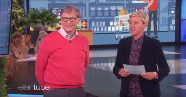 Bill Gates intentando adivinar el precio de algunas cosas del supermercado