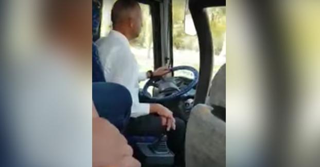El conductor de autobús más delicado del mundo