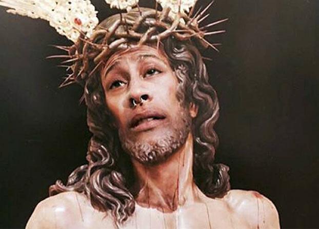 El efecto Streisand en la cara de Cristo: la red se rebela ante la multa a un joven por su montaje