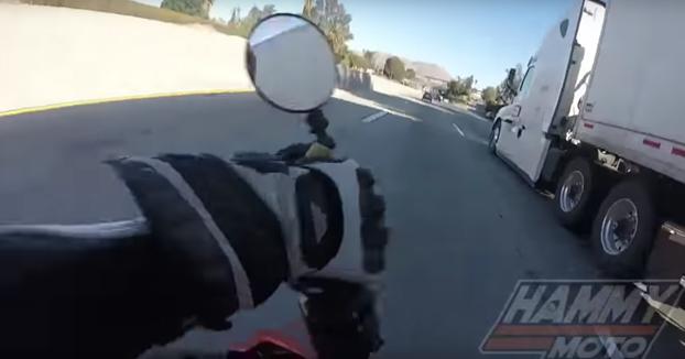 A punto de ser aplastado por las ruedas de un camión: ''Soy muy afortunado de estar vivo''