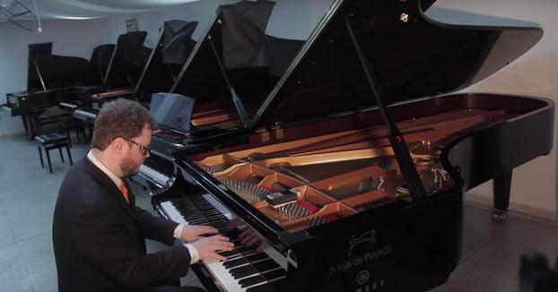 La diferencia de sonido entre un piano barato de 600$ y uno muy caro de 363.000$
