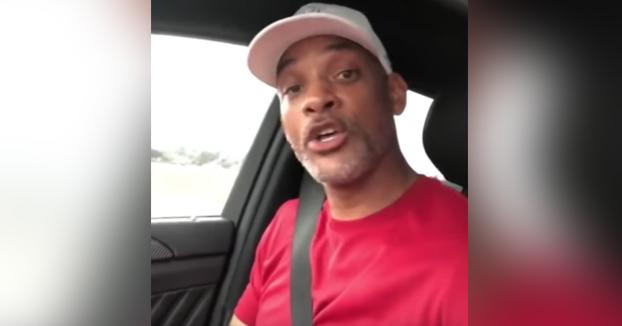 Will Smith acalla las críticas recibidas cantando La Bamba