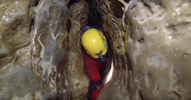 El laberinto de cuevas de 27 km de extensión en Gales no apto para gente con claustrofobia