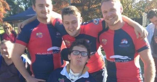 Un joven australiano se queda tetrapléjico por comer una babosa en una apuesta con sus amigos