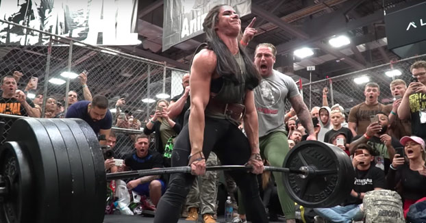 Se llama Stefanie Cohen y es capaz de levantar 247 kilos, 4 veces su peso