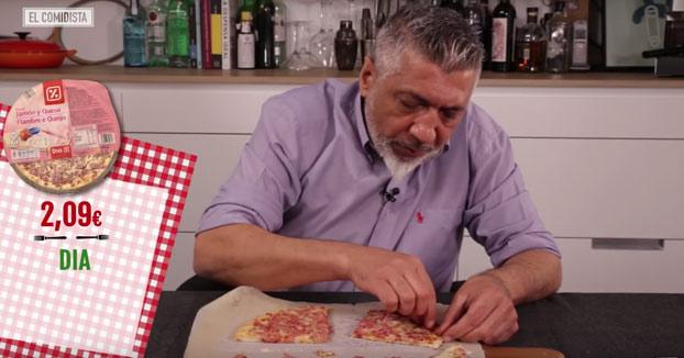 El dueño de una de las mejores pizzerias de Barcelona cata a ciegas 8 marcas de pizza de supermercado