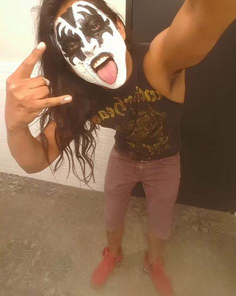 Kiss Guy Yayo Sánchez