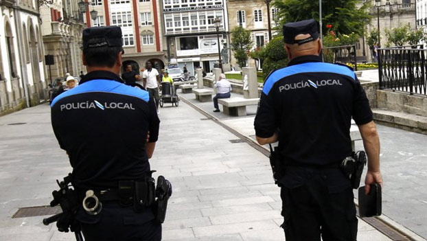 Lugo prohibirá mantener relaciones sexuales dentro del coche en lugares públicos