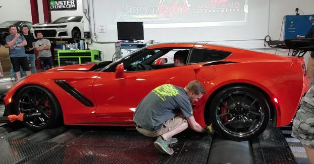 Preparando un Corvette ZR1 2019: Ojo al brazo del chaval...