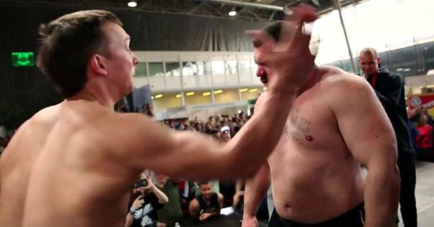 Campeonato de bofetones en Rusia