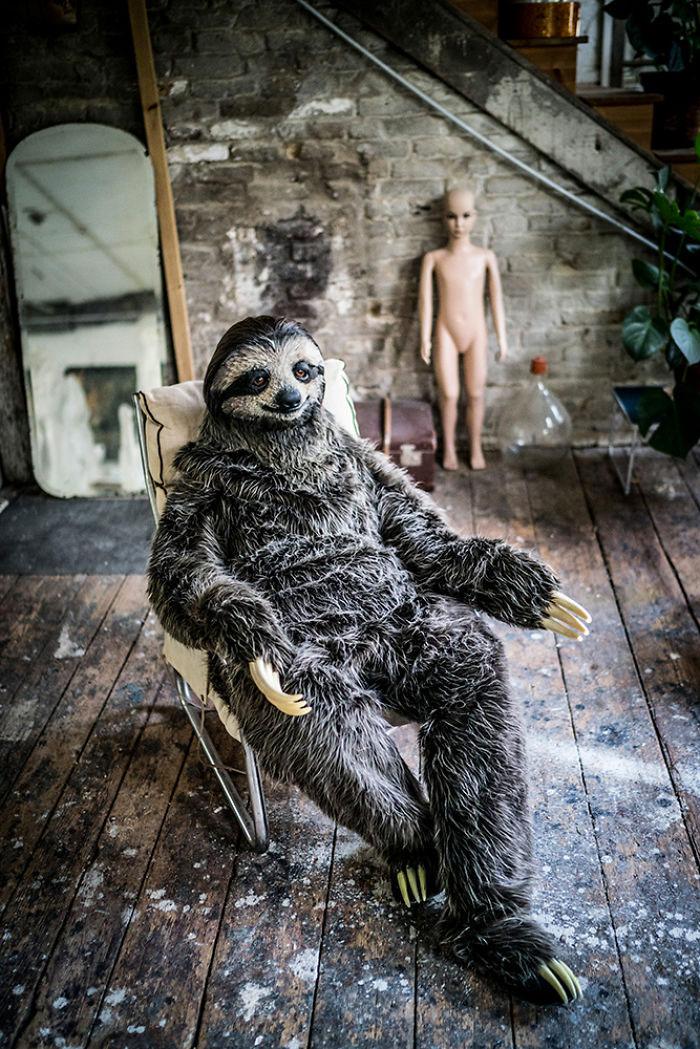 El disfraz de perezoso de la artista Karoline Hinz