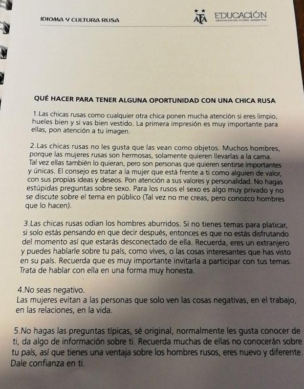 La Federación Argentina de Fútbol reparte a los periodistas un manual sobre cómo ligar con rusas para el Mundial