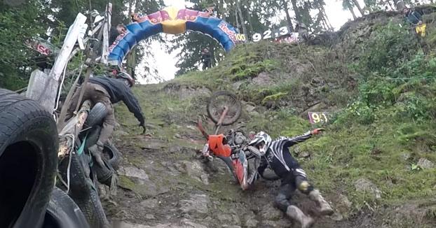 Desafío: Riders intentando subir la cuesta más empinada del mundo con sus motos