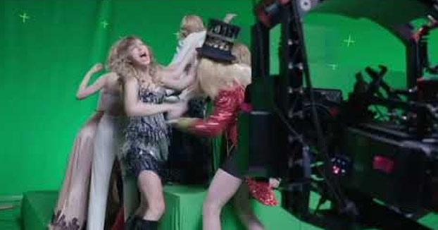El vídeo en el que depende de lo que pienses puedes escuchar a Taylor Swift decir ''Get out of my house'' o ''Quiero una p0lla''