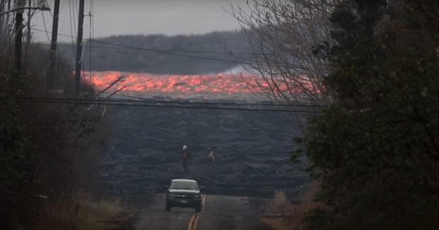Lava del volcán Kilauea fluyendo rápidamente a 24 km/h