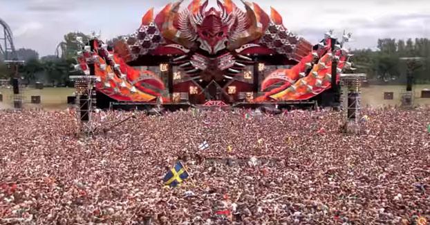 Marea de gente en el festival Defqon.1