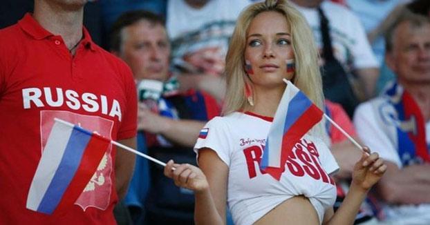 Una política rusa pide a las mujeres no tener sexo con extranjeros durante el Mundial