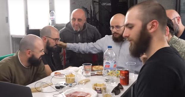 La primera reunión de calvos con barba de España