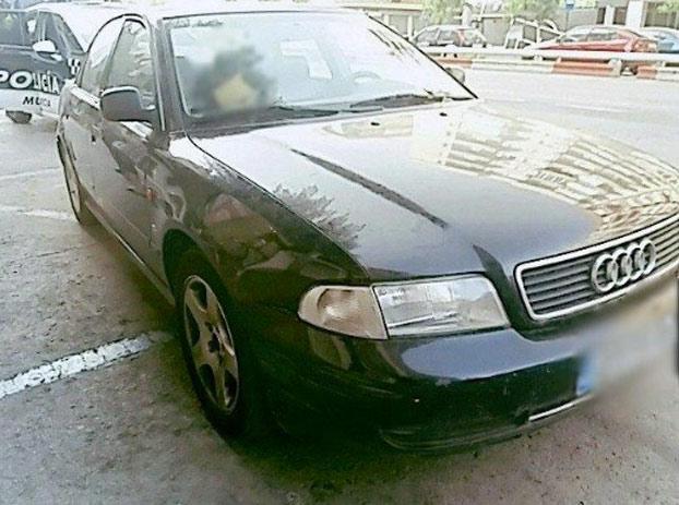 Multan a un hombre en Murcia por conducir mientras le practicaban una felación