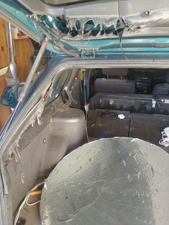 Consecuencias de dejar un espejo en el interior del coche en verano